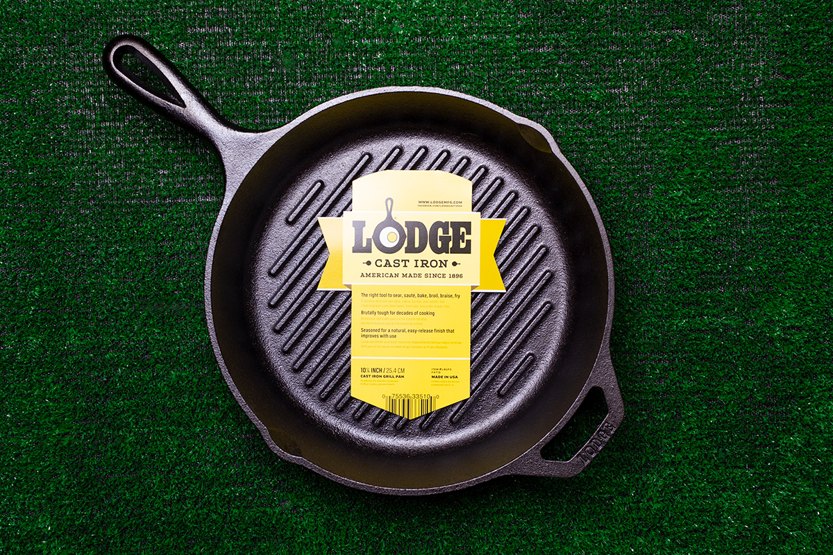 Lodge Mfg cast iron grill pan